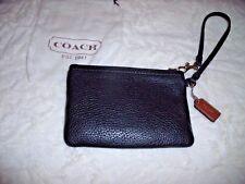 COACH Black Leather WRISTLET W/ Dust Bag & Coach Hang Tag Pebble Leather