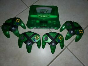 N64 console Jungle Green + 4 controllers *Great Shape*