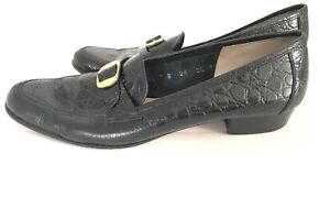Salvatore Ferragamo Italy Womens Croc Loafers Size 8.5 AAA A3 Black Buckle Round