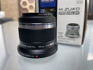 OLYMPUS M.ZUIKO PREMIUM 45MM F1.8 1:1.8 HIGH SPEED AF FIXED PRIME CAMERA LENS