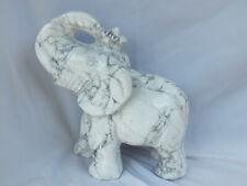 Gravur Howlith Elefant 1,10 kg (811)