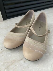 Barefoot Freedom Mary Janes Leather Suede Tan Flats Size 11W Womens Shoes