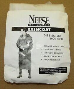 NEESE Adult Clear 100% Waterproof Raincoat w/Detachable Hood   Size Sm/Md