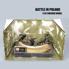 Battle in Poland 1/35 Finished 4 figures model Set