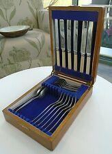 Vintage Oak Case 20 Pce Cutlery Set Viners Bone Handle Knife Fork Spoons Canteen
