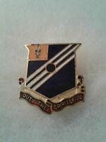 Authentic WWII US Army 76th Field Artillery Battalion Unit DI DUI Crest Insignia