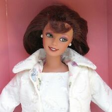 Macy's Limited Edition City Shopper Barbie Designed by Nicole Miller 1996 NRFB