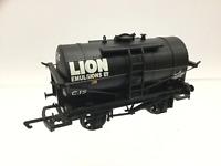 Hornby R6052 OO Gauge 12t Tank Wagon 'Lion Emulsions'