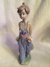 lladro figurine #07650 POCKET FULL OF WISHES