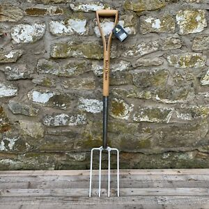 Kent & Stowe Stainless Steel Garden Digging Fork - Wood YD Handle