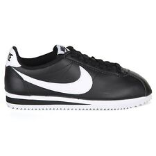 Zapatillas deportivas de mujer Nike de piel color principal negro