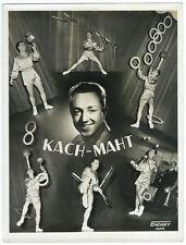 photo vintage vers 1950 - Le jongleur Kach-Maht - Paris Cirque jonglerie
