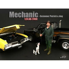 CUSTOMER PATRICK AND DOG FIGURES 1:24 SCALE MODEL BY AMERICAN DIORAMA 77498