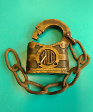 Old Vtg Collectible Yale & Towne Co. Padlock Lock With Chain Made In USA