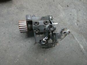 Renault Megane III 1,5 DCI Bj. 2013 Hochdruck Pumpe A2c53351931
