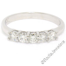 NUEVO 14k ORO BLANCO 0.65ctw 5 Engarzado Diamante Brillante Redondo Anillo De