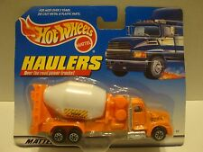 1997 Hot Wheels Haulers Cement Mixer Concrete Truck Orange Diecast C38-22