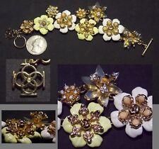 Exquisite Signed Link Flower Bracelet, Yellow/White Enamel/Opalescent Stones, 3D