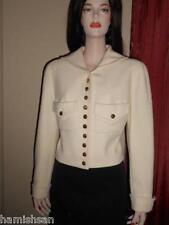 Chanel Boutique Ivory Boucle 22 Gold Shamrock Buttons Jacket Sz 10 12 42