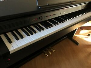 Casio Celviano AP-260 Digital Piano, 88 weighted keys, 3 pedals