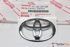Toyota Camry Rear Trunk Logo Genuine OEM     2002-2006    75441-AA050