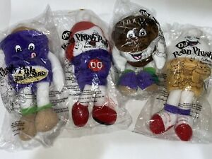DQ 1999 Vtg DAIRY QUEEN LOT of 4 Sealed New Complete Set Beanbag Plush Pals