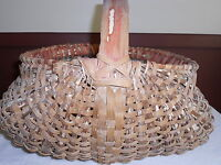 EARLY ANTIQUE PRIMITIVE WONDERFUL LARGE EGG BASKET  WITH SOME PAINT