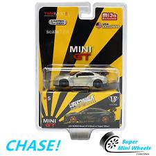 CHASE ! Mini GT 1:64 LBW Liberty Walk Nissan GT-R R35 Type 1 (Black/Gold) #5