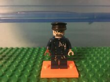 LEGO MInifigure - Zombie Driver - Monster Fighters set 9464 - Vampyre Hearse