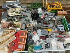 OO Gauge Scenery Job Lot - Fences, Lineside Accessories, Buildings etc