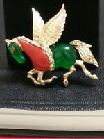 Vintage Unsigned Hattie Carnegie Rhinestone Lucite PEGASUS horse Pin Brooch