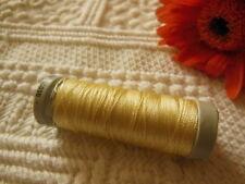 bobine FIL à broder Gutermann 200 m jaune clair lumineux  col 1405 couture