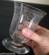 Vase sur pied douche Cristal Baccarat Modéle Michel-Ange
