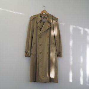 Vintage Aquascutum Trench Coat. Size Regular 42.