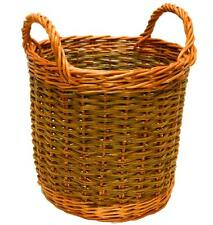 Make this willow Apple Basket: a weaving kit for complete beginners.