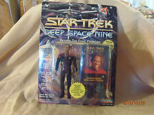Playmates Toys Deep Space Nine : Commander Benjamin Sisko Action Figure 1993