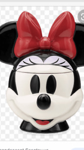 Scentsy Minnie Mouse Warmer NIB