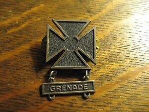 US Army Iron Cross Pin - United States USA Military Lapel Badge With Grenade Bar