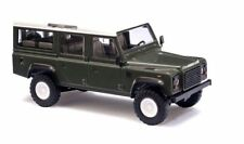 1/87 Busch Land Rover Defender Station wagon 110 Verde oliva 50301