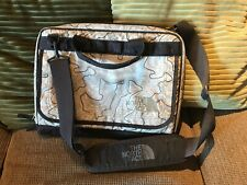 The North Face Bright  gray Messenger Bag Laptop Large Shoulder Strap 165$