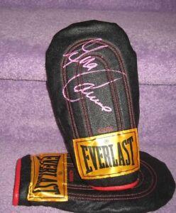 Gina Carano Autographed Everlast Training Glove (The Mandolorian)