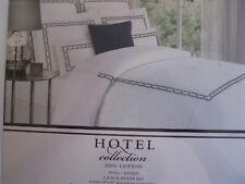 NEW HOTEL COLLECTION 3 PC SET WHITE NAVY TRIM FULL/ QUEEN DUVET COVER 2 SHAMS