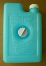 Rubbermaid #8278 Vintage Cooler Refreeze Bottle Screw Fastener