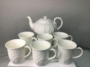NEW Wedgwood Coalport Countryware White teapot & 6 Coalport Beakers Mugs