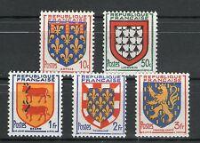 TIMBRES N° 899-903 NEUF * * GOMME ORIGINALE -  SERIE D'ARMOIRIES DE PROVINCES