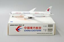JC Wings 1:400 China Eastern Airlines B787-900 'Delivery - Flaps Down' B-206K