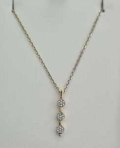 Michael Hill 9ct Trilogy Cluster Diamond Pendant With 18ct Gold Chain