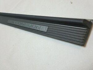 OEM 1994 1995 1996 Cadillac Concours  Deville body side trim molding door panel