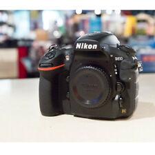 Appareils photo numériques noirs Nikon D810