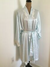 NATORI SAKS FIFTH AVENUE Powder Blue Satin Lace Embroidered Robe,  Size Large